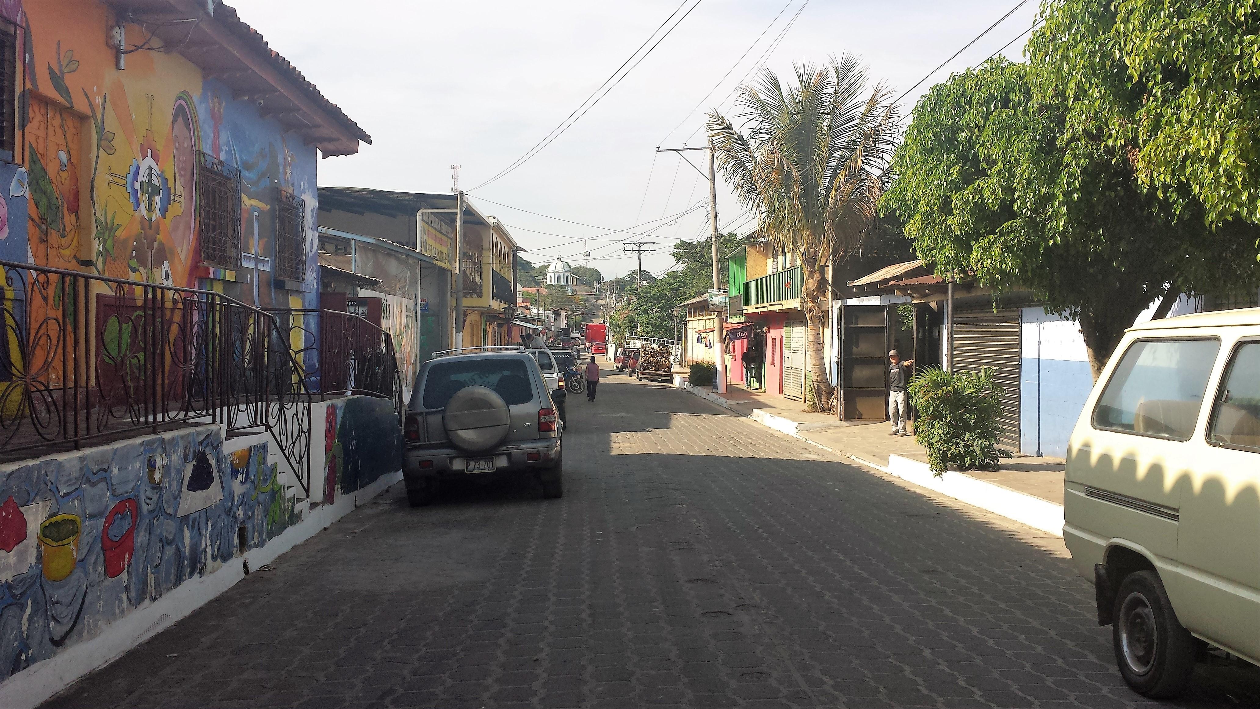 El Salvador DRIVING THE PAN AMERICAN HIGHWAY